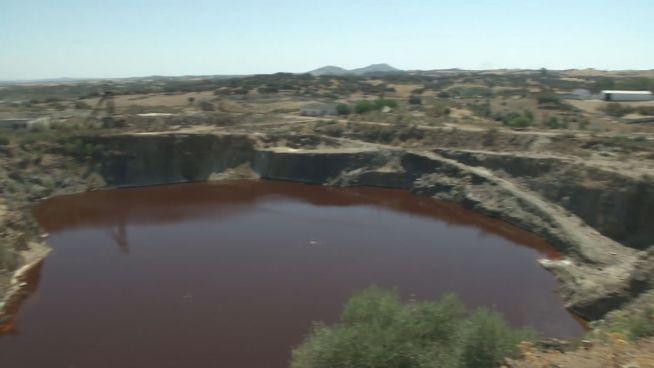 Tickende Bombe: Wie ein See seine Anwohner bedroht