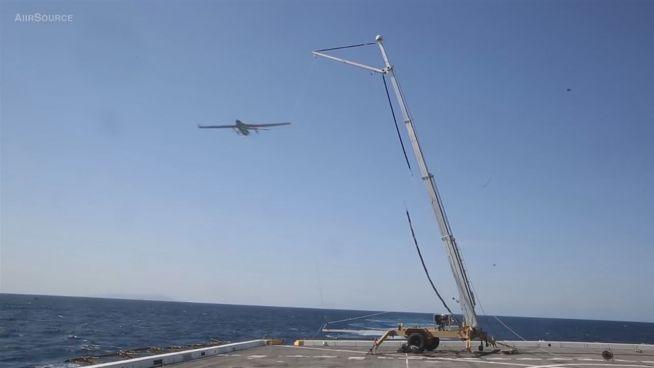 Hab' dich: Wie Drohnen auf US-Flugzeugträgern landen