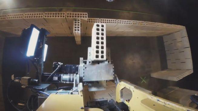 Ziegel für Ziegel: Roboter baut Haus in nur zwei Tagen